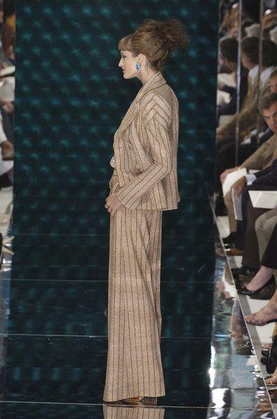 Jean Louis Scherrer at Couture Fall 2004 - Runway Photos