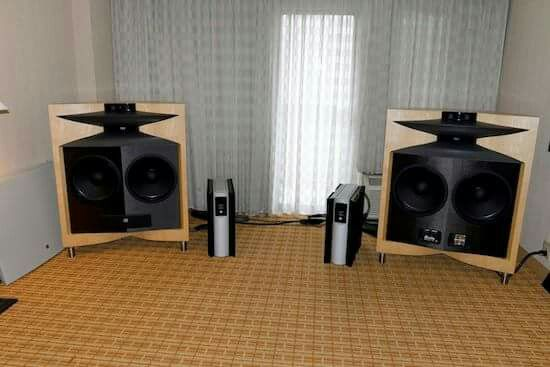 JBL-DD66700 Everest speakers