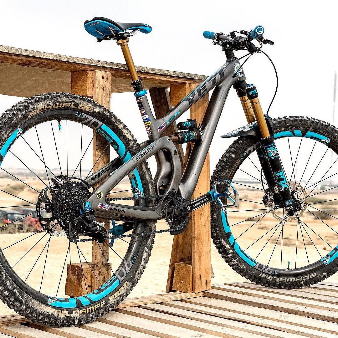 Would You Get A Trail Bike Or An Enduro Bike Oli Cruz S Stunning