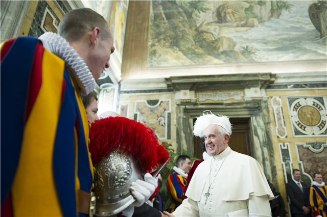 #PopeFrancis |  The Pope meets new Swiss Guards (May 5, 2014)