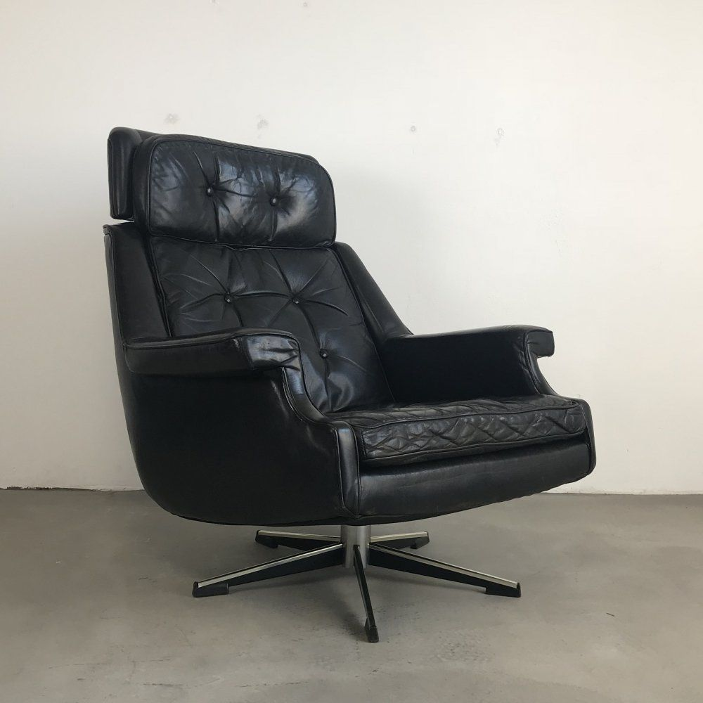 For Sale Mid Century Modern Leather Lounge Chair By Topform Netherla Modern Leather Lounge Chair Leather Lounge Chair Mid Century Modern Leather Lounge Chair