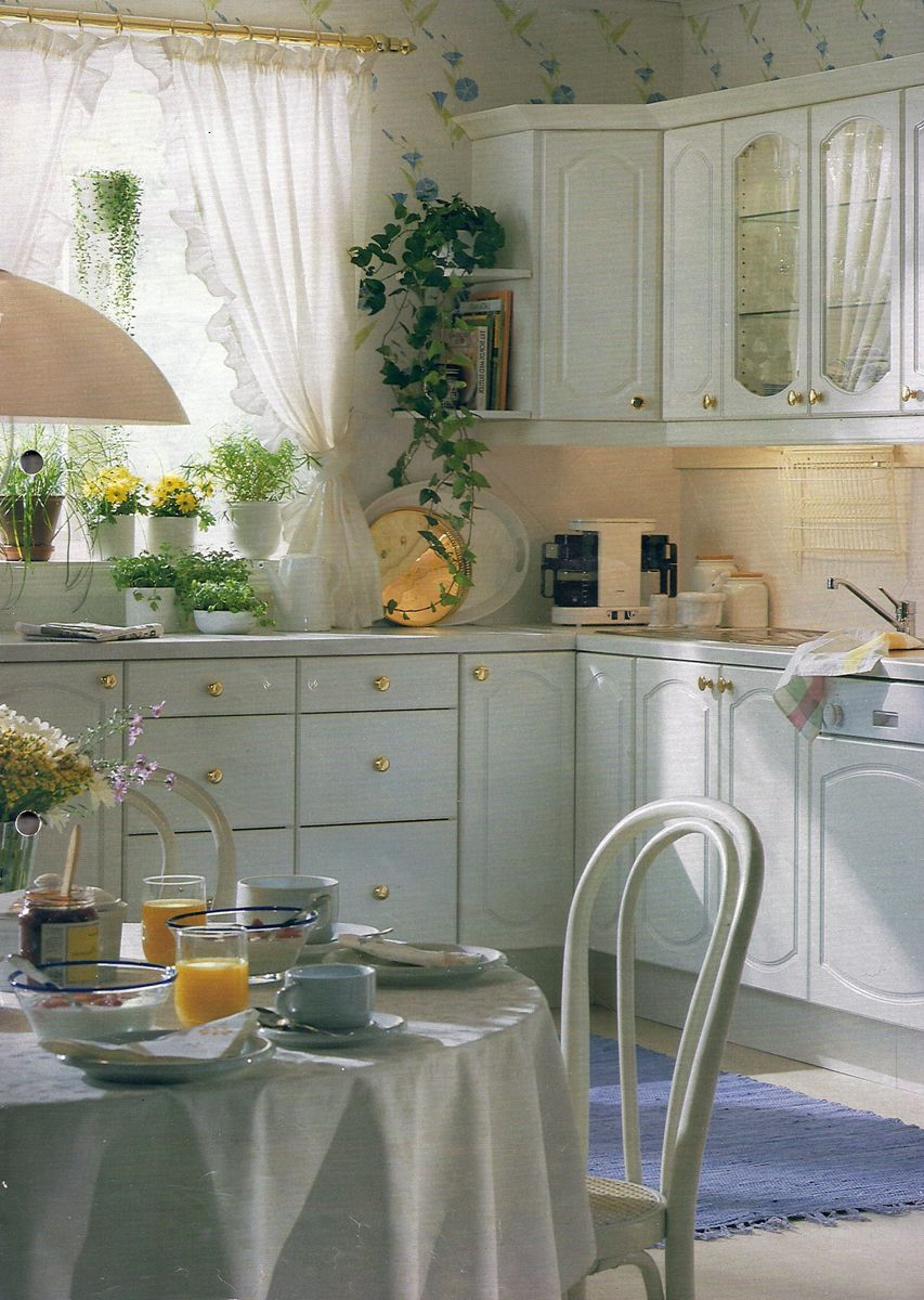 timeless romantic kitchen ikea 1995 k che kitchen pinterest k che. Black Bedroom Furniture Sets. Home Design Ideas