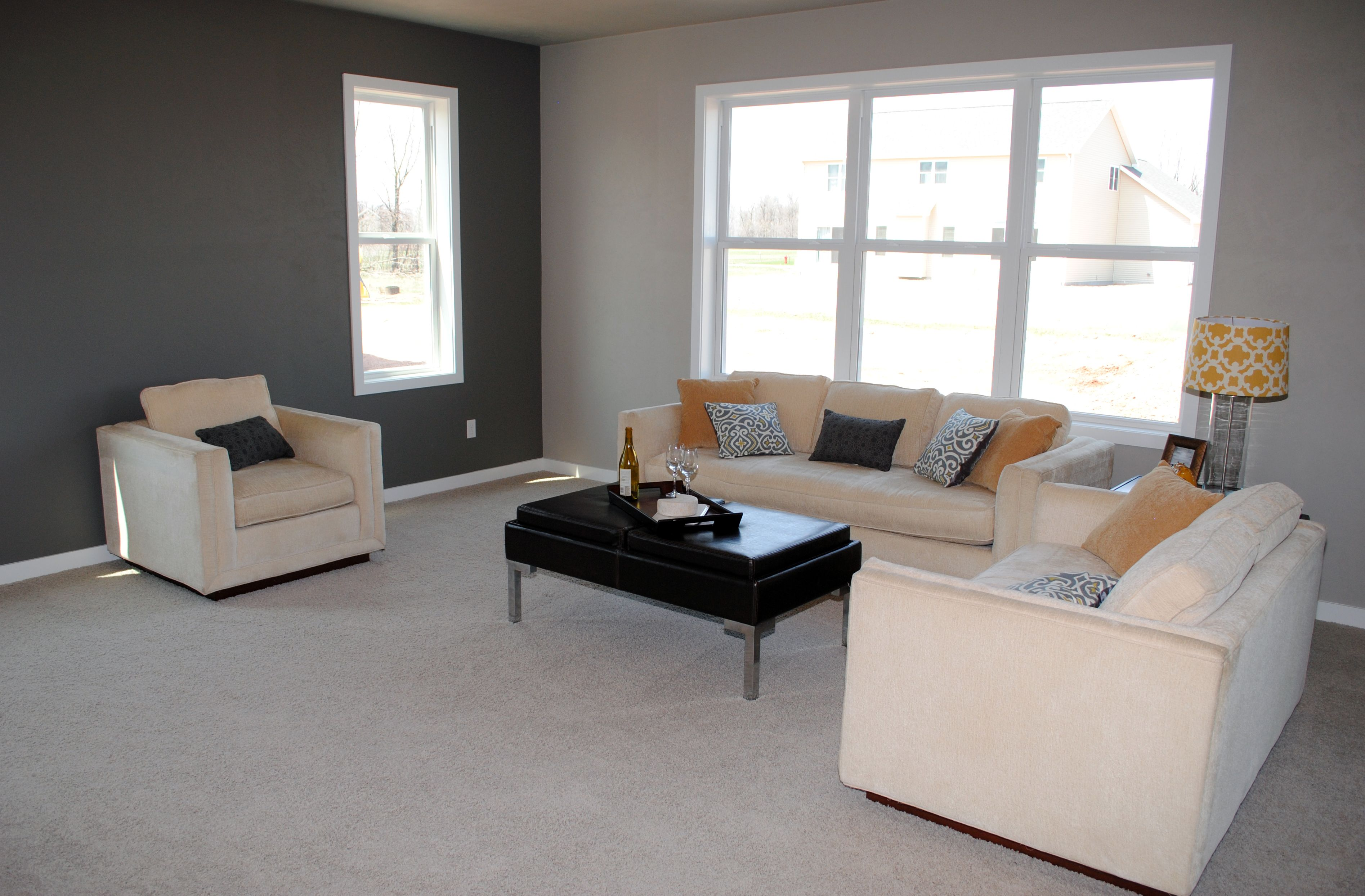 Spacious Great Room! Great For Entertaining!!
