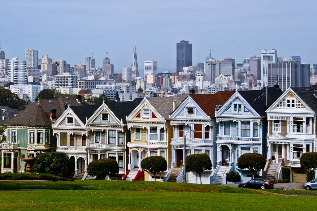 Alamo Square Park San Fran Painted Ladies Is The Name Given To