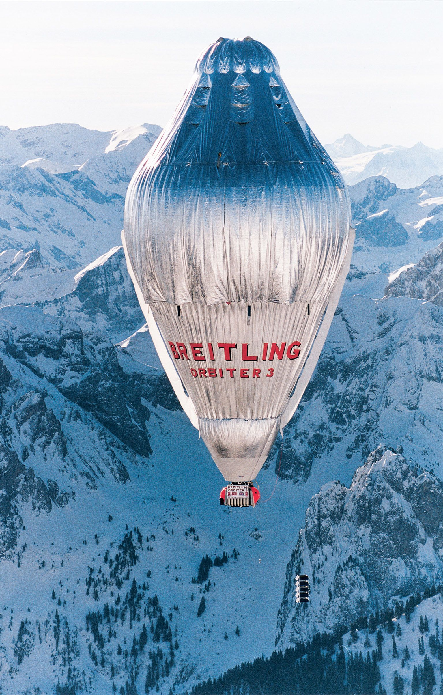 On March 1, 1999, Bertrand Piccard and Brian Jones lifted off from the Swiss alpine village of Chateau d'Oex in the Breitling Orbiter 3 on the first nonstop flight around the world in a balloon. | Source: Brian Jones/Oribterballoon.com