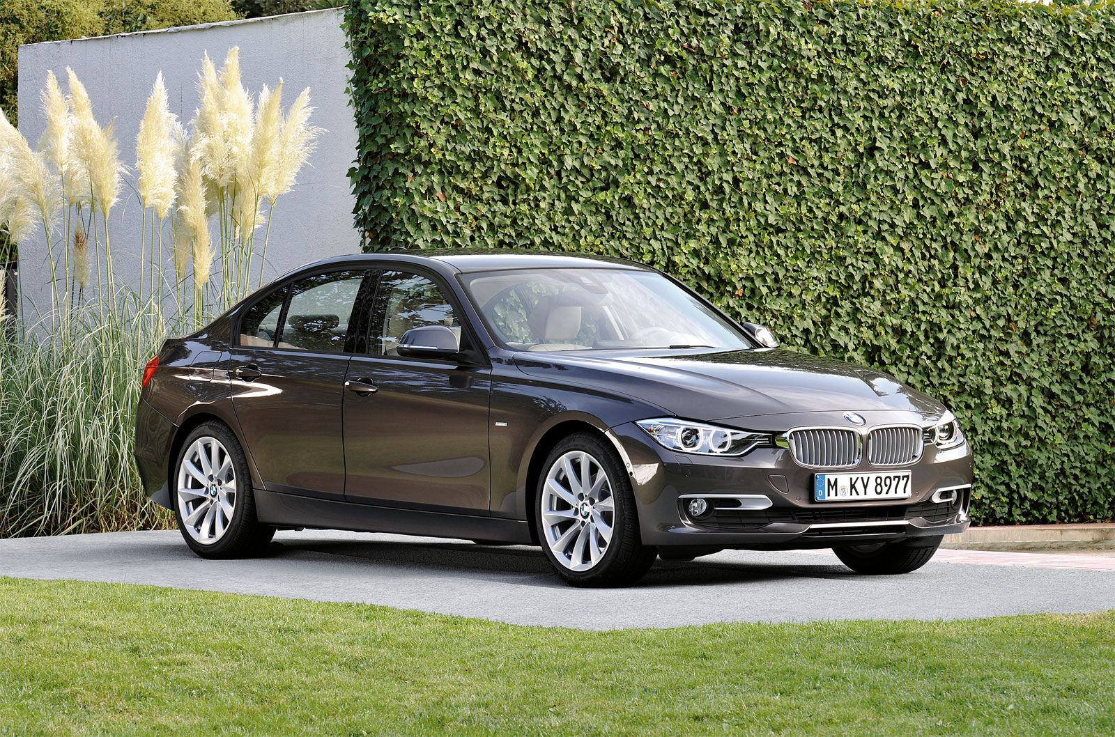 BMW Modern Line Equipment Line Ends In March Cars - Bmw 2012 price