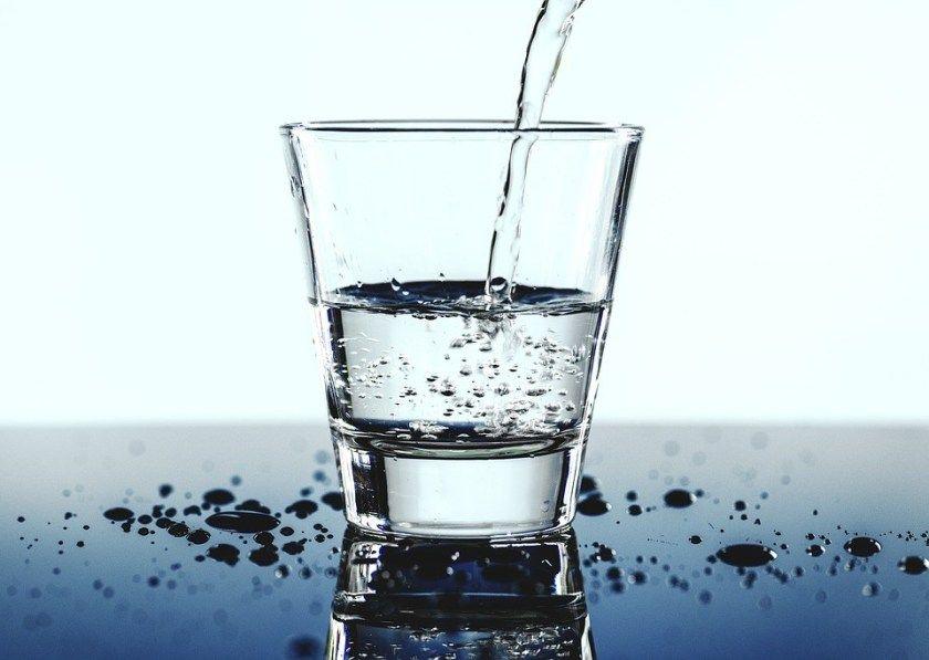جدول شرب الماء مع أفضل وقت في اليوم لشرب الماء لتحقيق أقصى الفوائد Drinking Water Benefits Of Drinking Water Water Purifier