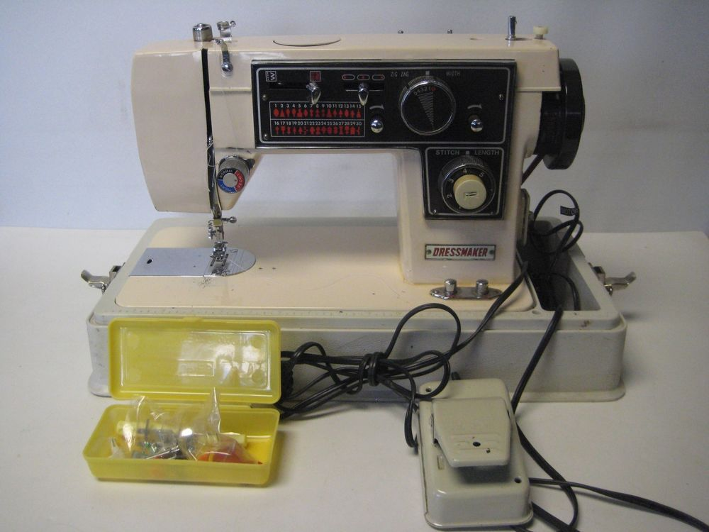 Sewing Machine Dressmaker Model S40 DELUXE ZIGZAG With Case Few Adorable Dressmaker Special Sewing Machine