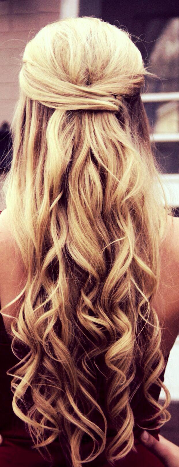 Half up half down curly hair gorgeoushair coiffures pinterest