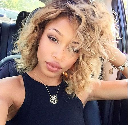 10 Short Curly Hairstyles Black Women Curly Weave