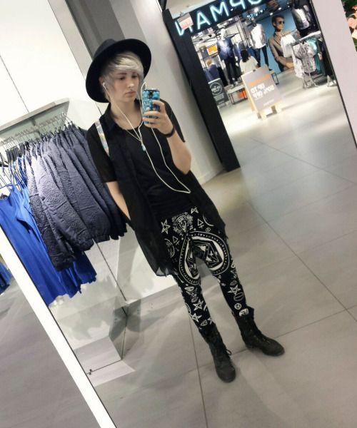 Fashionable boy ~criedwolves~ on tumblr