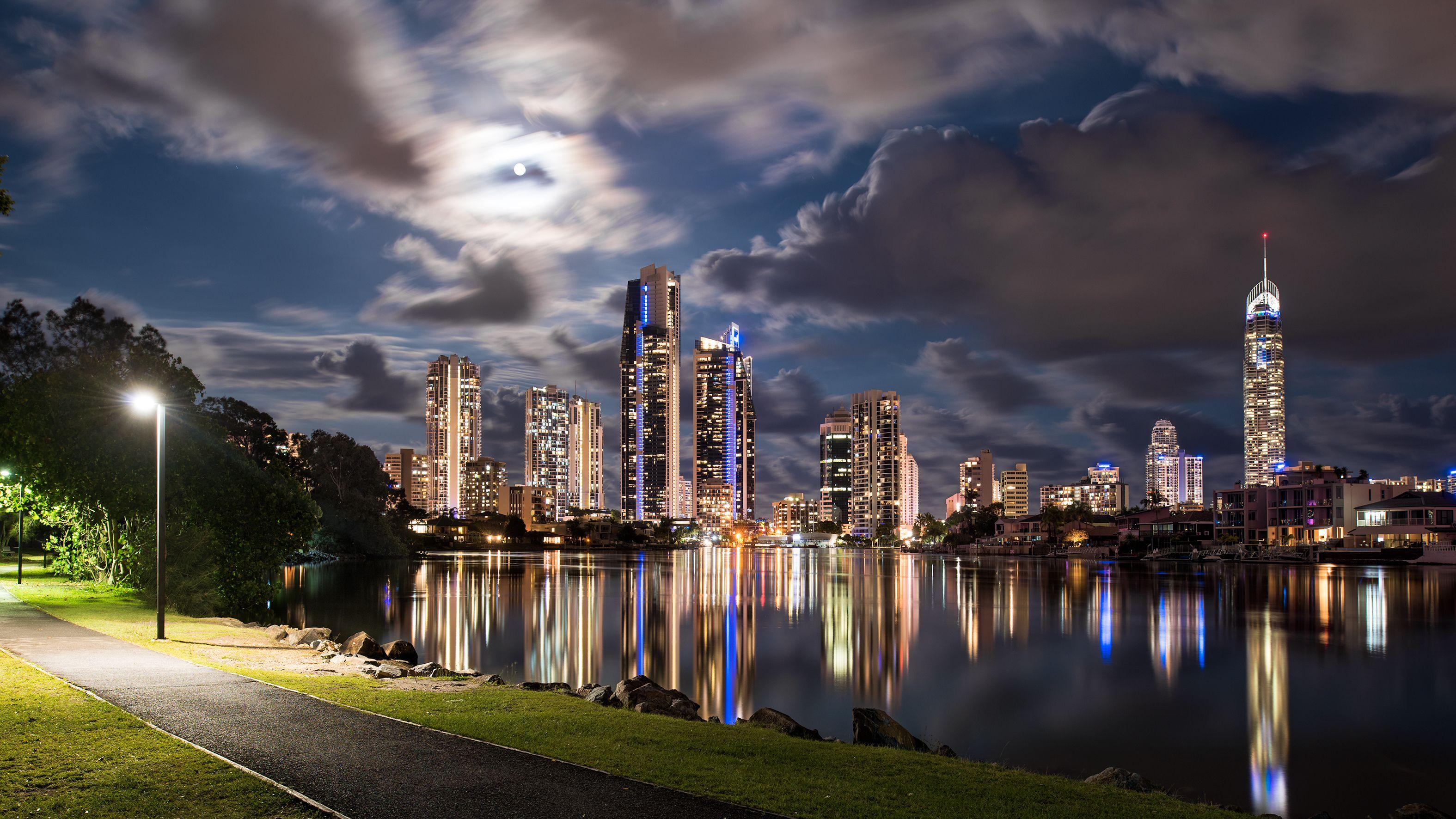 Day tour/trip Brisbane, sunshine coast,gold coast, Byron
