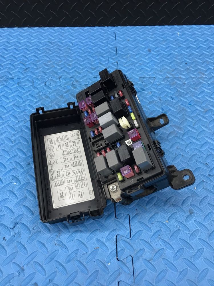 OE Chevrolet Aveo Part Wire Wiring Junction Fuse Block Relay ... on