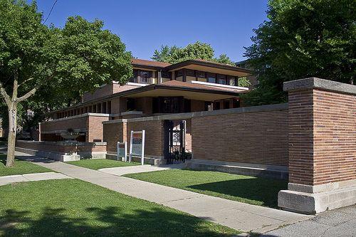 Frederick C. Robie House. Prairie Style. Frank Lloyd Wright. Hyde Park, Chicago IL 1909