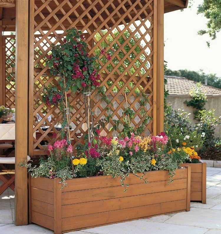 jardin de balcon la verticale et treillis en bois pour plantes grimpantes bac en bois et. Black Bedroom Furniture Sets. Home Design Ideas