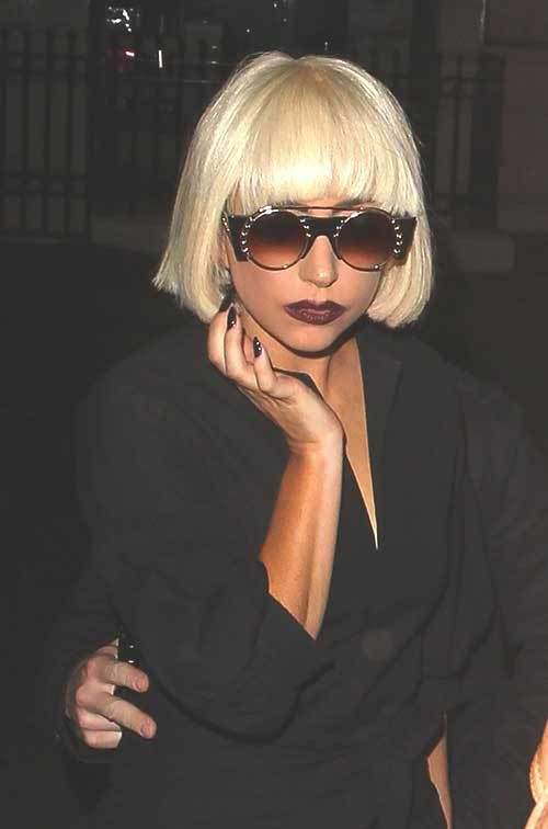 Lady Gaga Shaggy Short Blonde Hair Styles Art Lady Gaga Hair Short Hair Styles Girl Haircuts