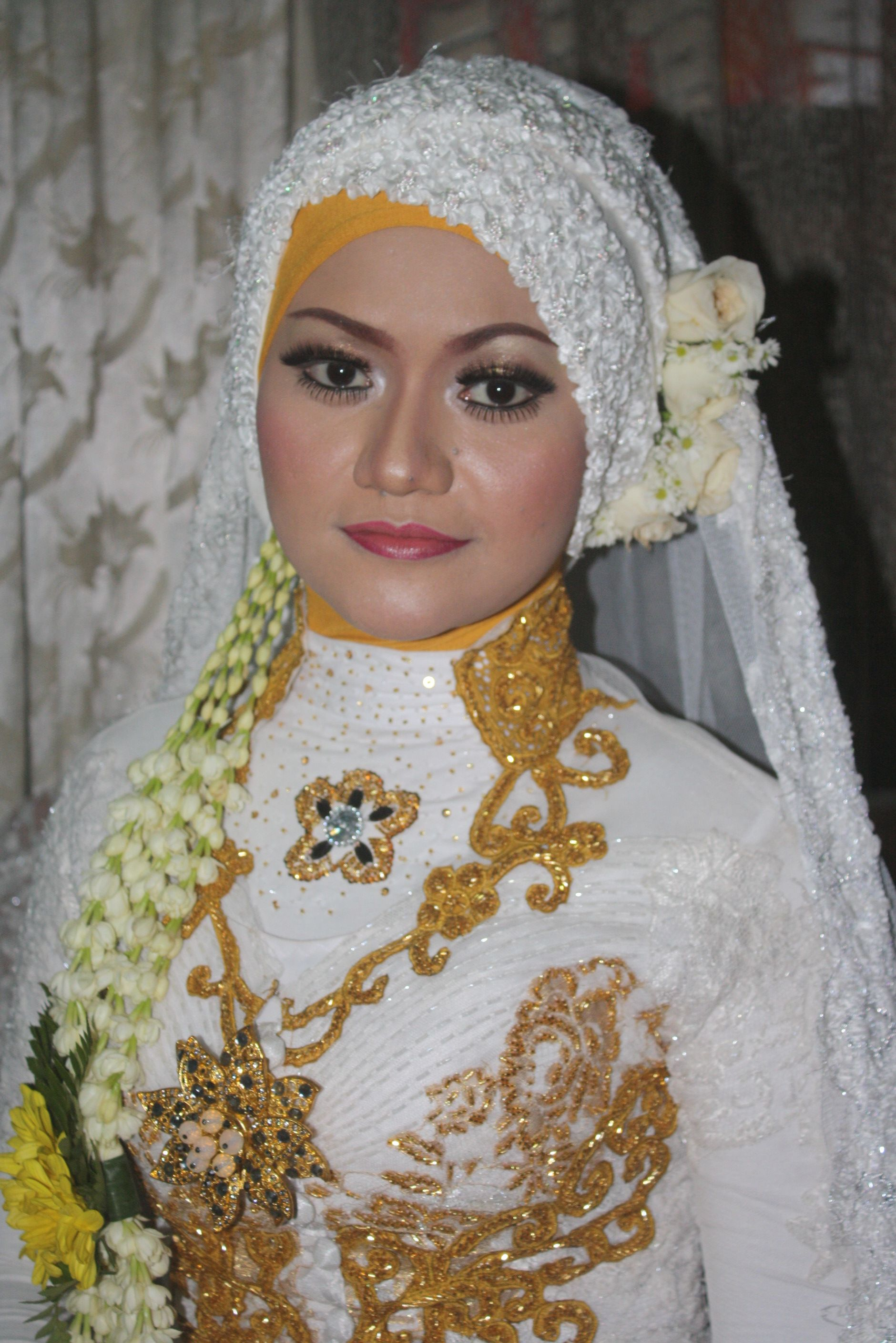 Indonesian dress model for wedding ceremony