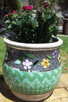 Garden Pot By Glasshoppers