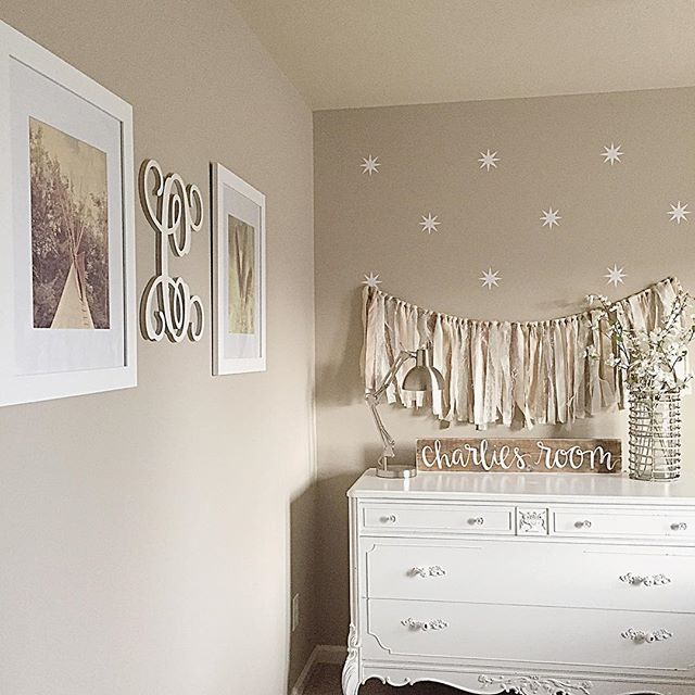Schlafzimmer Wandfarbe Beige Schlafzimmer Wandfarbe Beige: Balanced Beige Paint Color SW 7037 By Sherwin-Williams