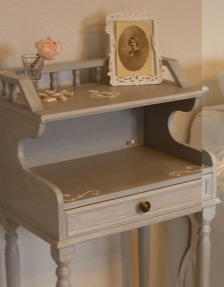 meuble d\u0027appoint patiné gris gustavien  Meubles et rangements par