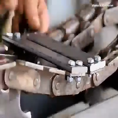 Make A Tank Wheel Diy Video Mechanical Engineering Cool Stuff