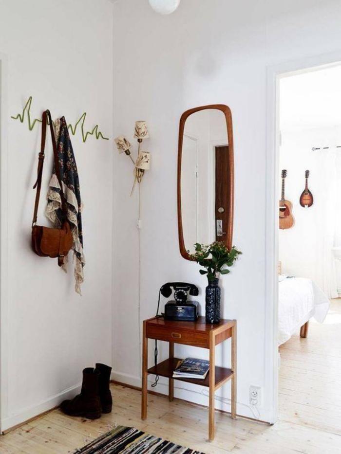 miroir entree, hall d\u0027entrée style scandinave, porte-manteau