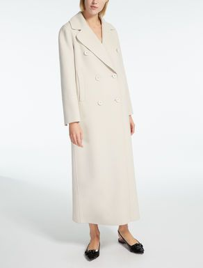 38b6d2bee1 Wool and cashmere coat