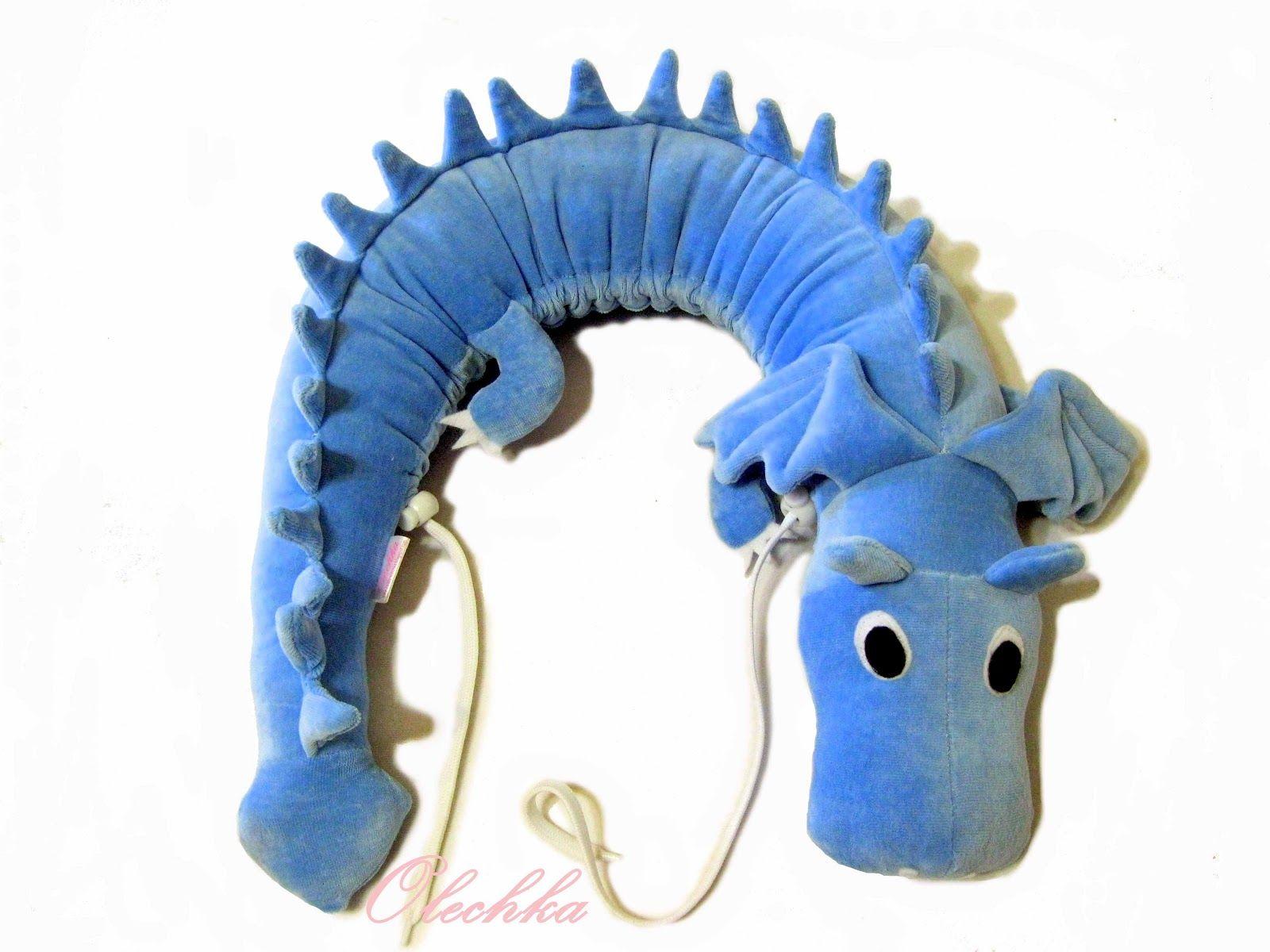 Dragon Pillow - idea | Crafts | Pinterest | Socke Plüschtiere ...