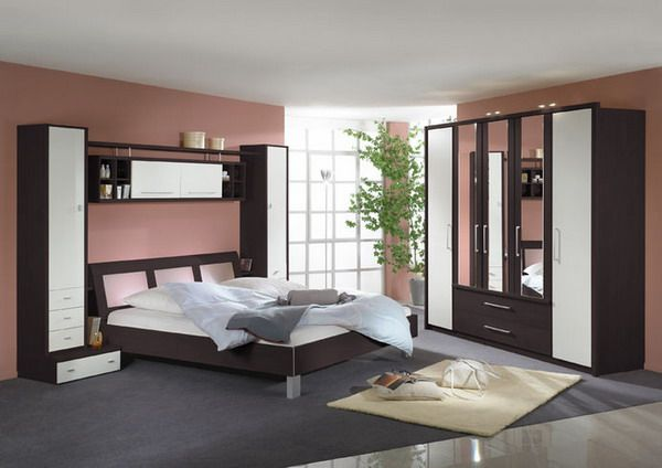 Modern Bedroom Furniture Set Thinking about the Bedroom Interior ...
