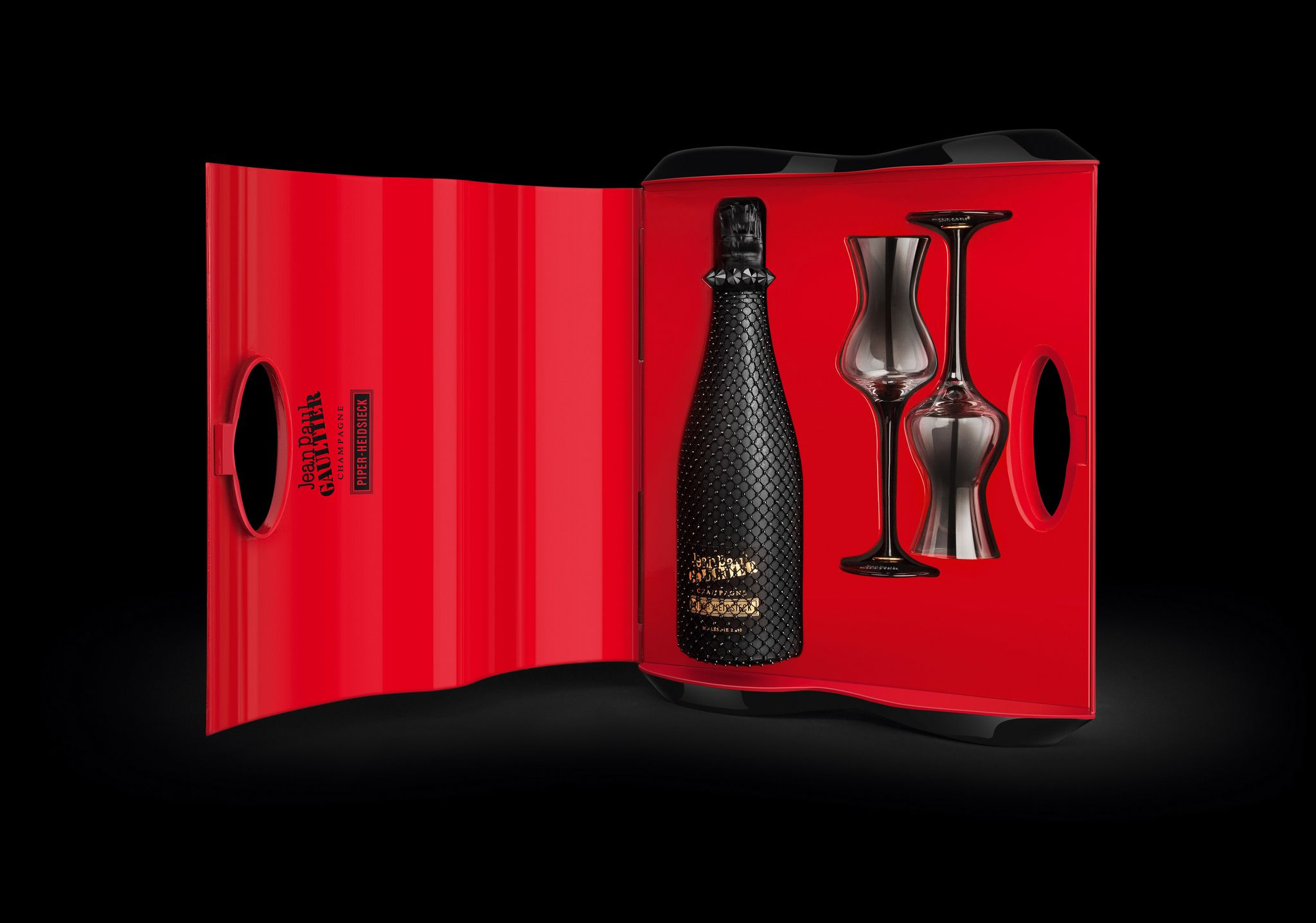 Jean Paul Gaultier Champagne Piper Heidsieck Fine Wine And Spirits Champagne Alcohol Packaging Design
