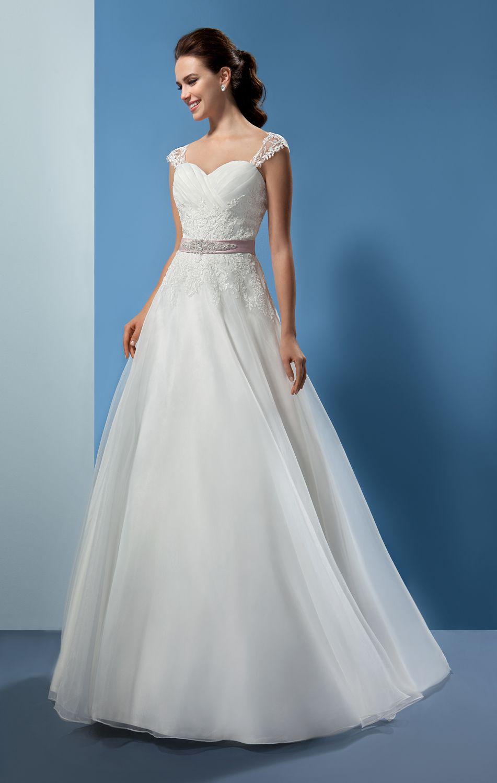 Pin de Zay1310 en Fashion | Pinterest | Vestidos de novia, De novia ...