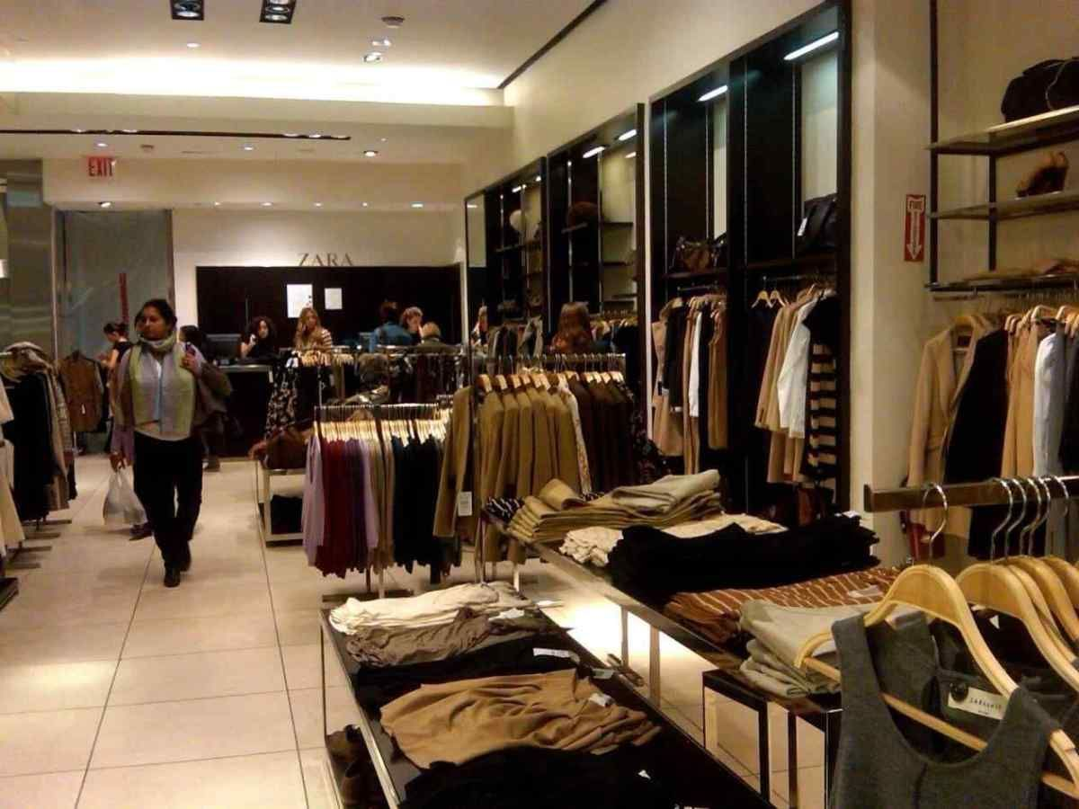 small clothes shop interior design ideas exterior