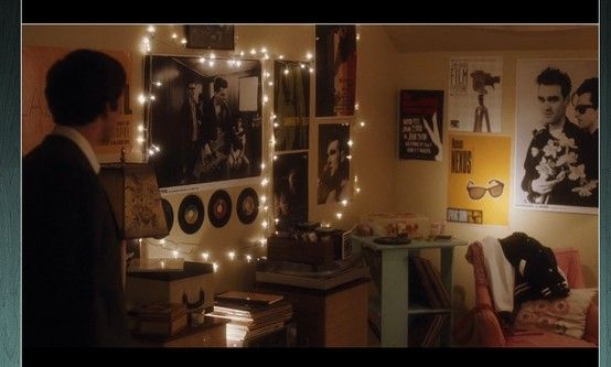 Perks Of Being A Wallflower Sam S Bedroom Movie Bedroom Room
