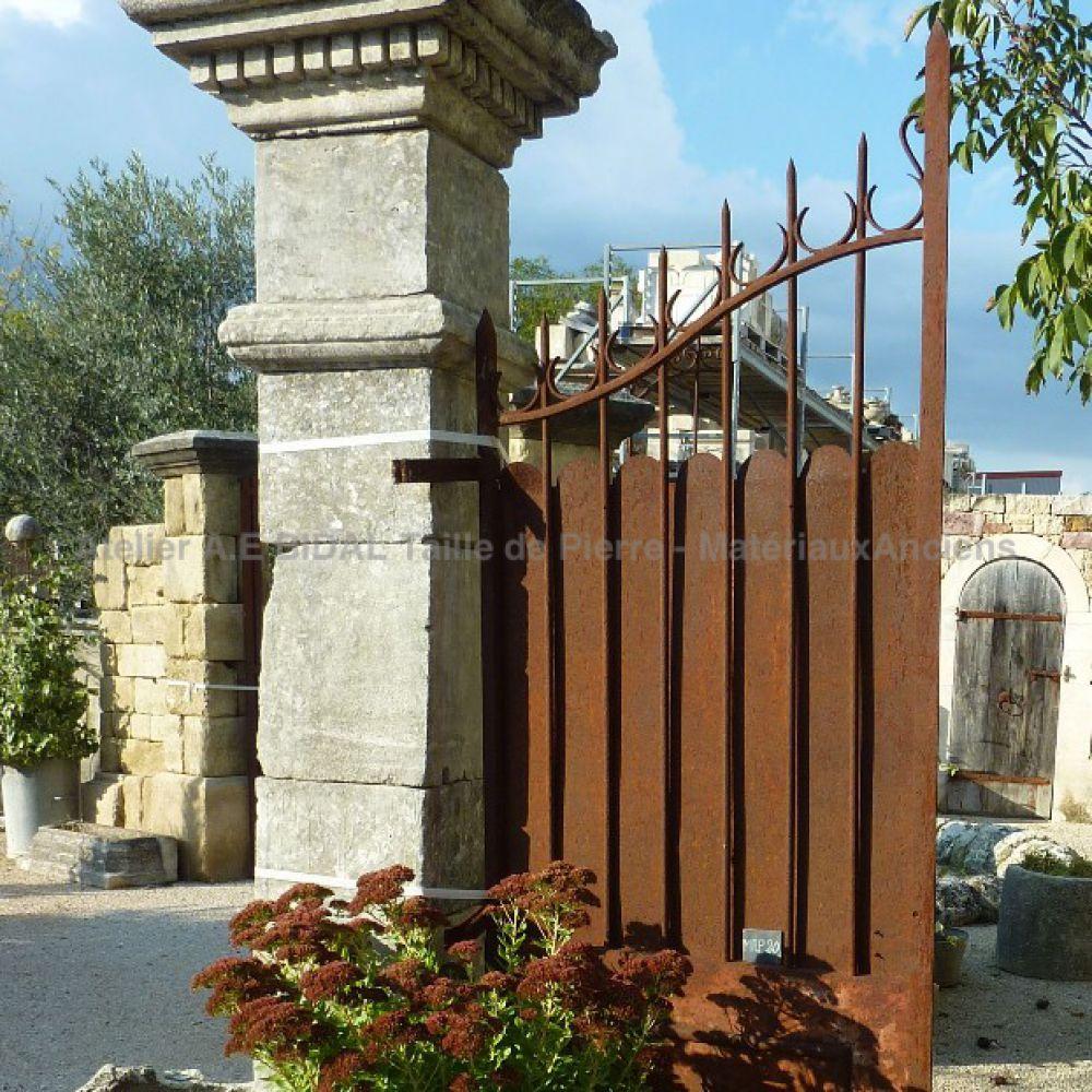 petit portail ancien deux vantaux en fer forg portail