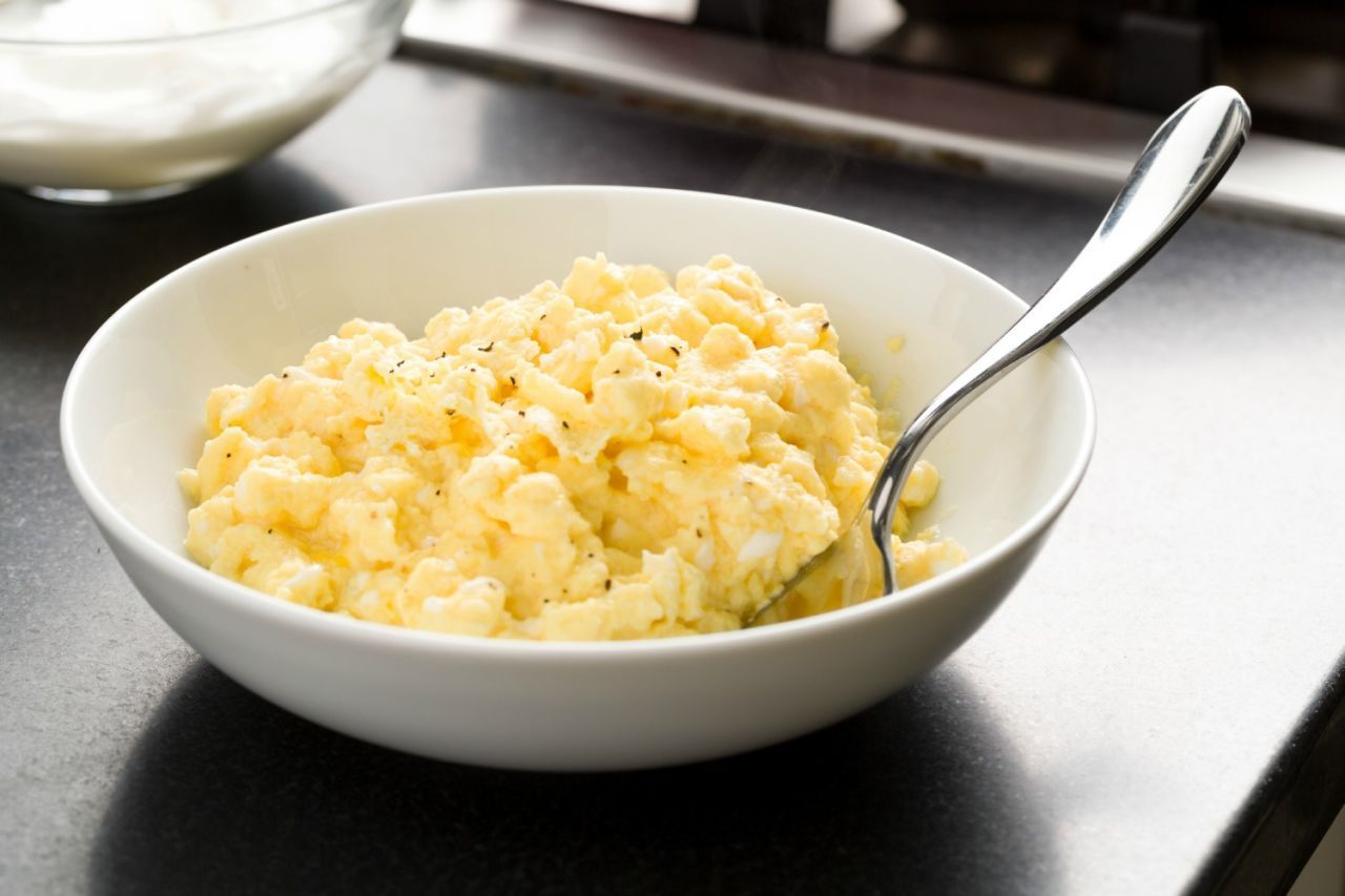Tyler Florence Claims This Is The Secret To Perfect Scrambled Eggs Scrambled Eggs Recipe Eggs Dinner Egg Recipes