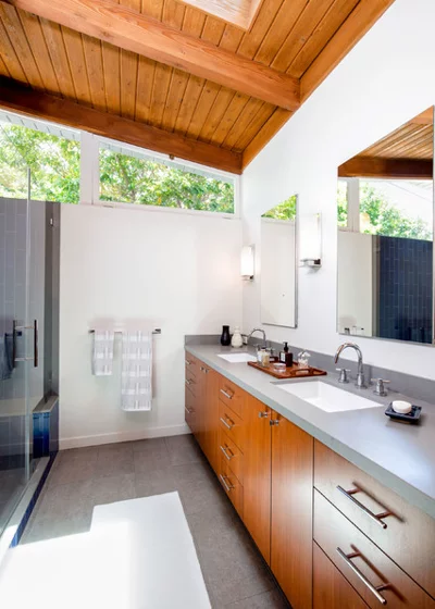 Best Houzz Tour A Midcentury Modern House Opens Up Mid 400 x 300