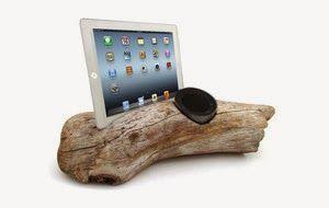 """""""Driftwood Speaker Stand"""" tablet dock"""