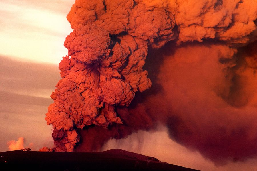 Volcanic eruption, Iceland  Award winner 2011, GfF Berlin