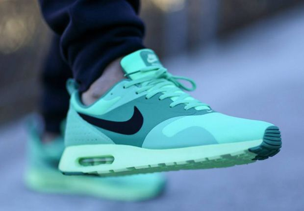 Nike Air Max Tavas - Green Glow - SneakerNews.com