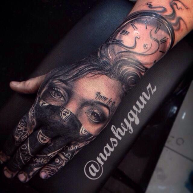 This Was The Inspiration For My Bandana Girl Absolutely Love This Piece Handtattoo Lovethis Hand Tattoos For Guys Hand Tattoos Gangster Tattoos