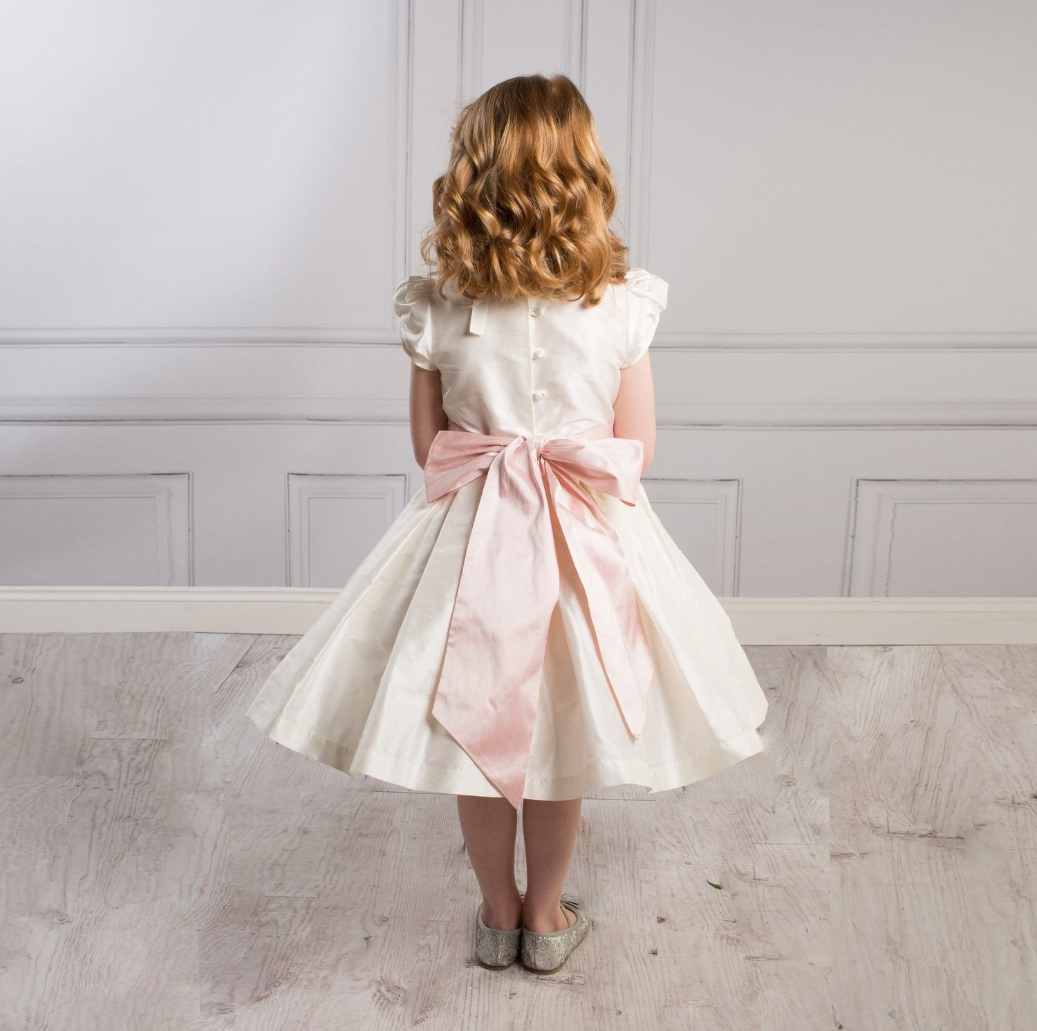 Traditional flower girl dresses uk childrens bridesmaid dresses uk traditional flower girl dresses uk childrens bridesmaid dresses uk luxury childrens clothes at sue ombrellifo Gallery