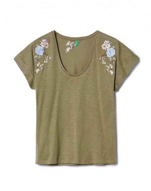 6d9f870f028fd T-shirt con ricami floreali Verde Scuro - Donna