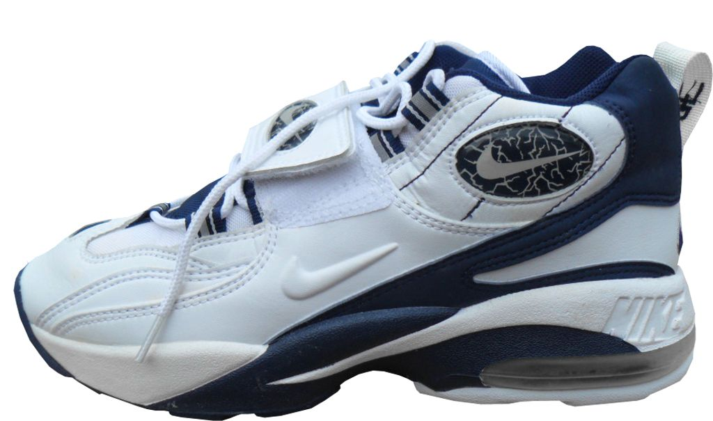 628955a562 Pin by Maynor Luna on Shoes I want | Nike air diamond turf, Sneakers ...