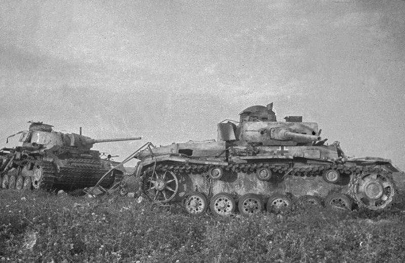 фото подбитые на курской дуге немецкие танки Pzkpfw Iii
