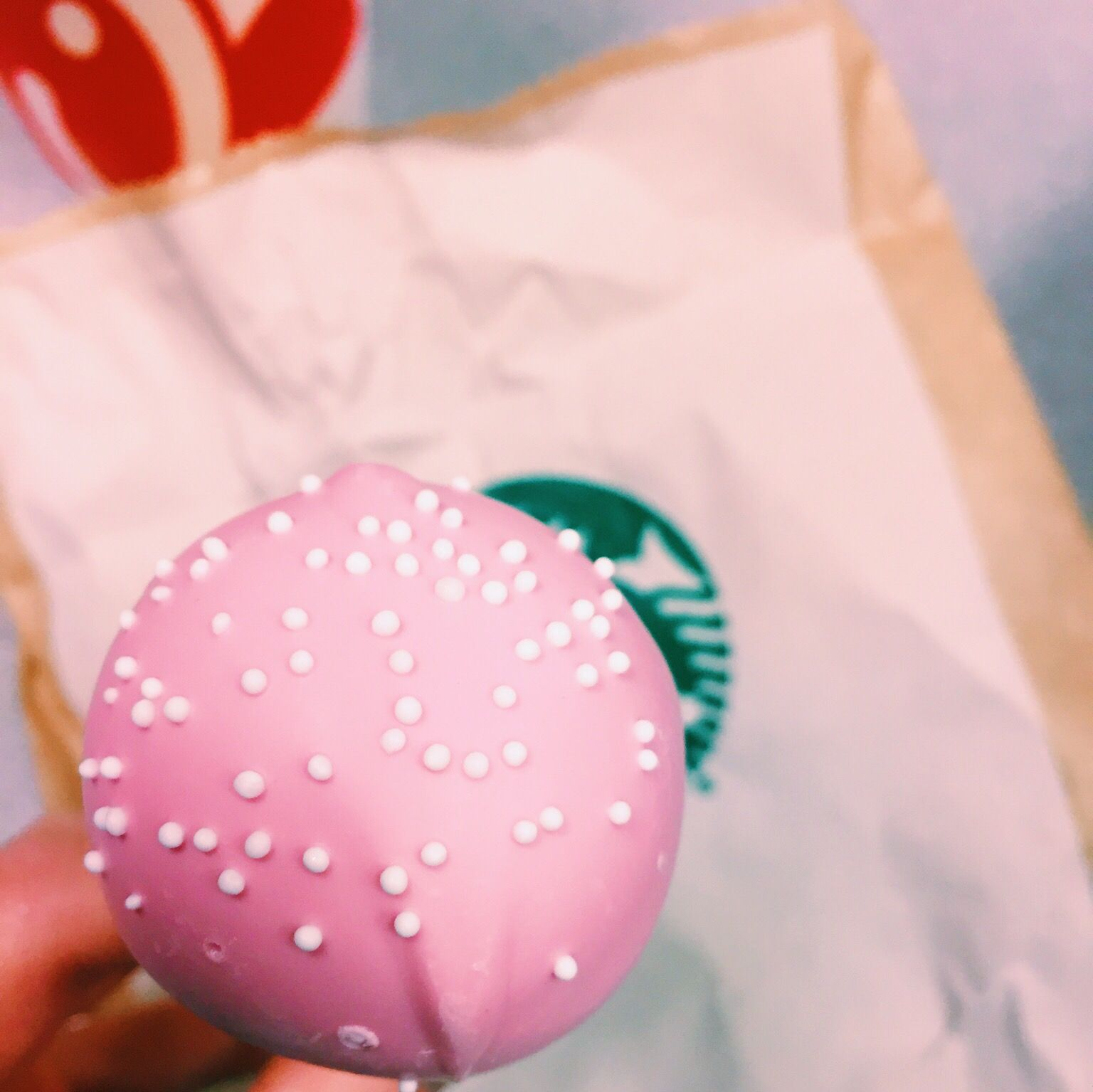 bday cake pop from star #starbuckscake