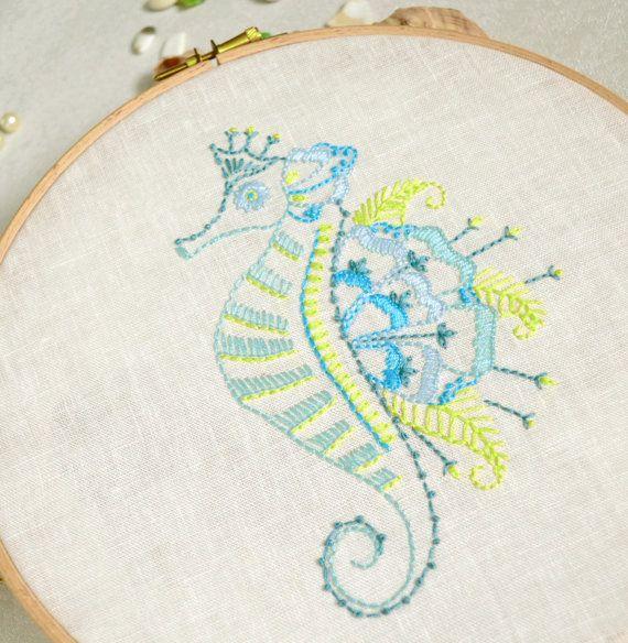 Hand embroidery patterns Diy décor Seahorse por NaNeeHandEmbroidery