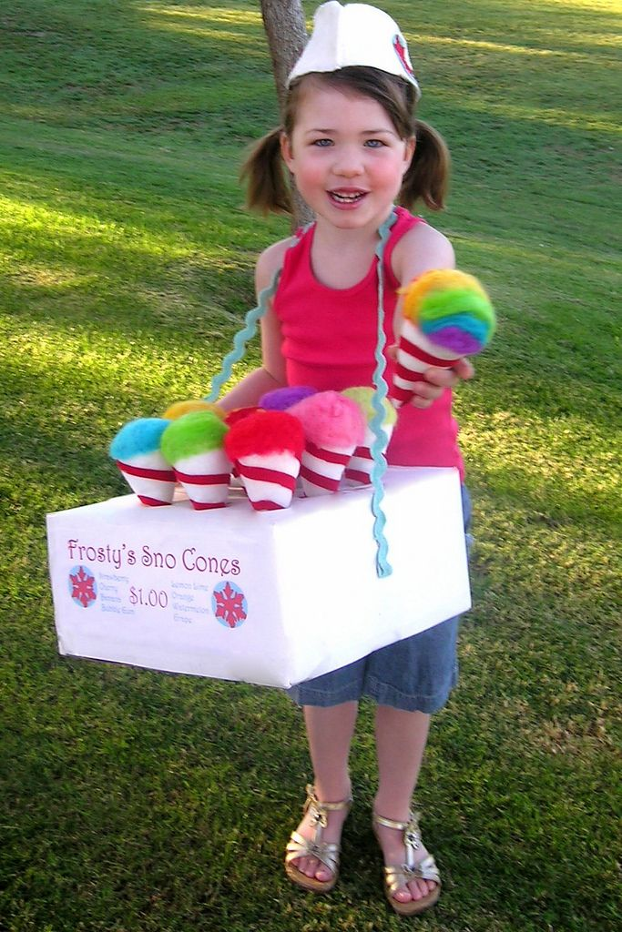 snow cones...i would buy from this little girl. May i have a snow cone please.