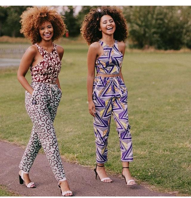 I love the textures!  @frogirlginny @ownbyfemme || photo by @missygibbs || Clothes by @jekkahdotcom || curl friends. Curly fros. Natural hair. Curly hair. Colorful curls. Curls and color. Natural Hair and color. Colored curls.