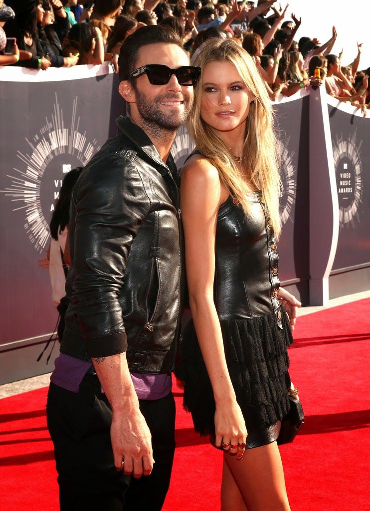 BEHATI, JOURDAN, JOAN, CHANEL, KYLIE AND KENDALL: 2014 MTV VIDEO MUSIC AWARDS  WWW.FASHION-WITH-STYLE.COM  #vma2014 #redcarpet #model #behatiprinsloo #adamlevine #maroon5