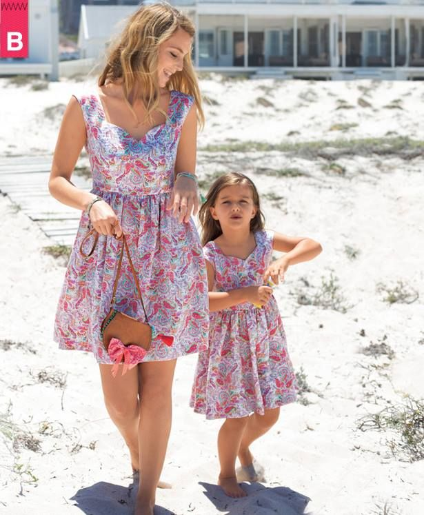 58 Inspiring and Adorable Mom Daughter Matching Outfits Ideas | Matching  outfits, Work outfits and Street styles